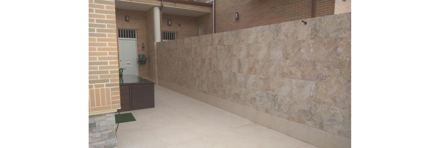 Alicatado-en-separacion-muro-chalet1400